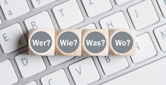 """title""""Würfel"""