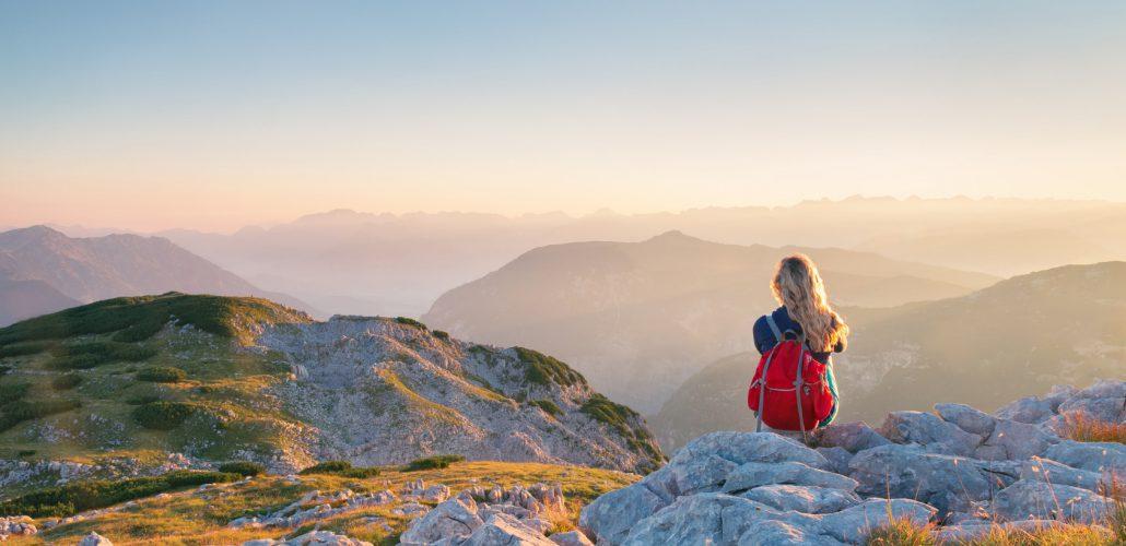 Sabbatical - Frau mit Bergpanorama