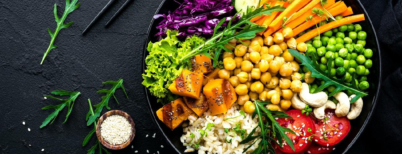 Eine Pfanne mit veganer Ernährung