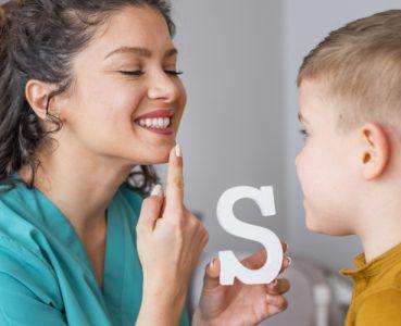 Sprach- und Sprechstörungen – Die Kommunikationsbarriere überwinden