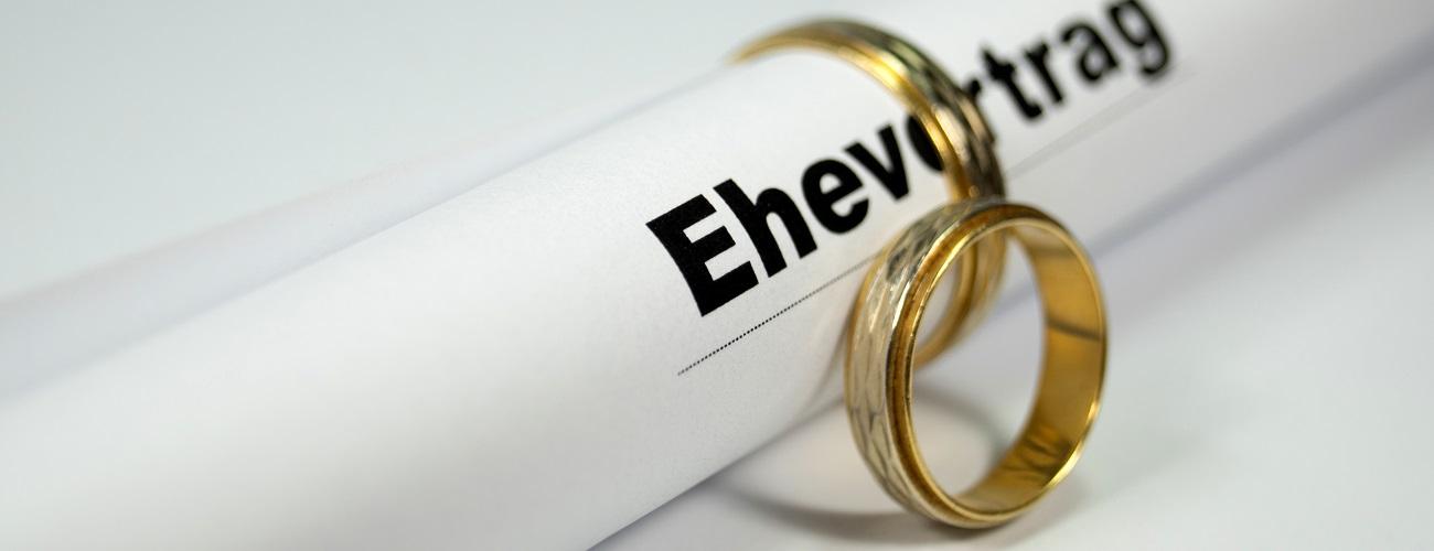 Ehevetrag und Eheringe