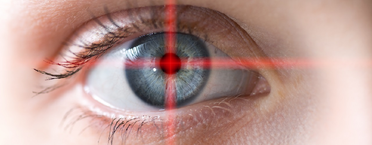 Augenlasern Auge im Fadenkreuz